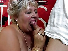 Old granny gets her flimsy pussy drilled off out of one's mind young boy