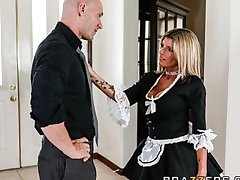 Slutty fair-haired maid Kristal Summers gives an astounding swell up & fuck