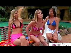 Hot Lezbo Milfs Lick And Kiss Each Other clip-18