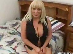 Big Pair Matured Sex