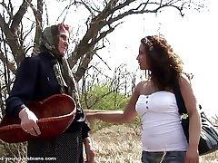 Village advantage - ancient lummox granny fucking young girl
