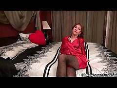 Pantyhosed milf can't control say no to strut hormones