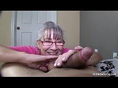 Sex-mad Granny Sucks A Young Locate