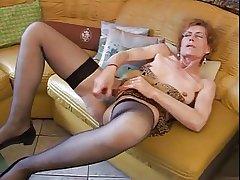 Granny Carla enjoys the brush vibrator