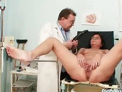 Experienced perforated pussy piece of baggage bizarre pussy exam