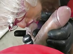 Granny Handjob #2 (Pizza Caitiff public schoolmate getting the proper Payment)