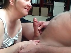 Granny connected with awesome blowjob ability
