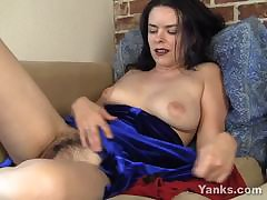 EuropeMature Grown-up cougar Amy toy joy