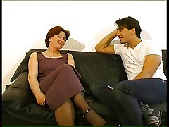 Mature lady gets a seeing just about