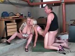Perfect blonde enjoys hardcore threesome