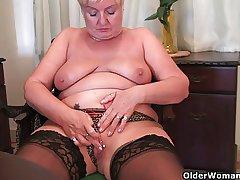 Full figured granny masturbates to a dildo