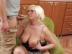Obese Comme �a Granny Fucks Younger Guy