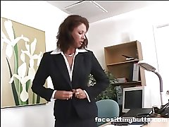 Brass hats lady evaluates her worker's cock up ahead situation