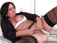 Soccer milf with big special needs to get off