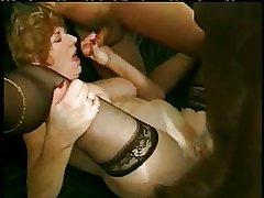 Matured Mom Diane Richards Gets Lice-ridden Cock