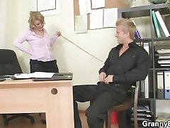 Unhealthy office daughter bangs employee