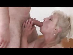 Blond Granny close to a great Titts R20