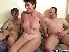 Mom has always needed a threesome on touching boys