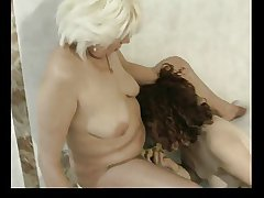 granny bathe