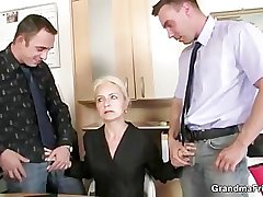 Job interview leads concerning threesome