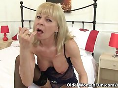 British granny Elaine gives her pussy a delectable
