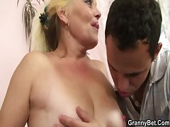 Tow-headed old mature gets the brush hairy pussy slammed