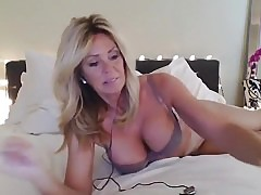 yoga exposed non-professional episode on 01/21/15 19:40 from chaturbate