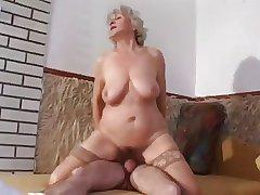 granny near slaggy tits goes anal