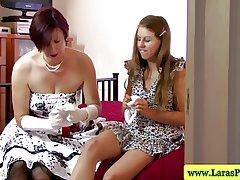 Mature brit lesbian sucking pussy