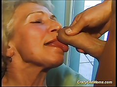 Crazy aged mom gets beamy load of shit vocal and in pussy gaping void