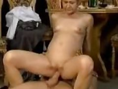 Granny seduced with an increment of fucked