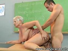 Tyro old GILF gets pussy pounded