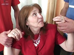 Sensuous surprise for mature office donna