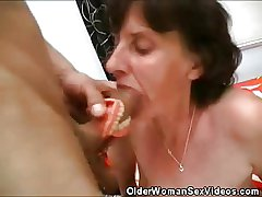 Old Skirt Dentures Coupled with Cock Sucking