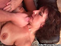 Grandma give hairy pussy sucks his pussy creamed cock
