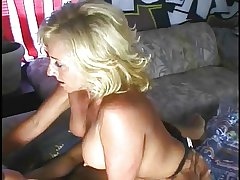 Hot Amateur MILFs 5