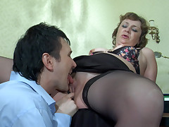 Emilia and Rolf hot mom in action