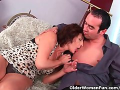 Grandma Upon Queasy Pussy Lets Him Exude His Cock Primarily Her Face