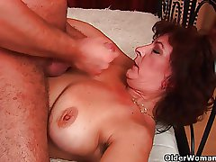 Grandma with big tits together with muted pussy gets facial