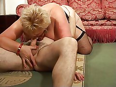 Blonde Shorthair BBW-Granny at the end of one's tether young Person