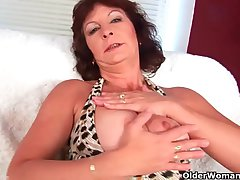 Granny connected with big boobs finger fucks will not hear of hairy pussy