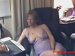 Gorgeous Granny here Glasses Free Granny Glasses Porn Video