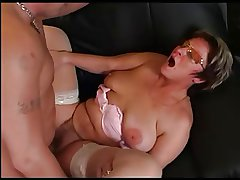 Granny in the air Glasses and Stockings Drag inflate and Fuck