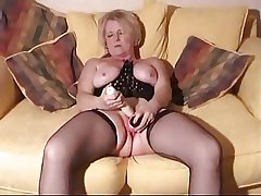 Blonde of age with toys and cock here her wet pussy