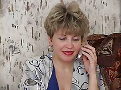 RUSSIAN MOM 19 mature respecting a small fry