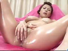 Hot tattooed MILF Anna Whistle Peaks gags on obese unearth
