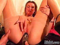 steffi spread her legs