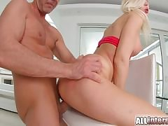Ani Outrageous Slyboots has hot lesbian sexual intercourse with experienced woman