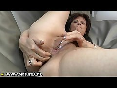 Senior mature daughter loves to finger