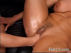 Fair-haired mature having cunt fisted hard
